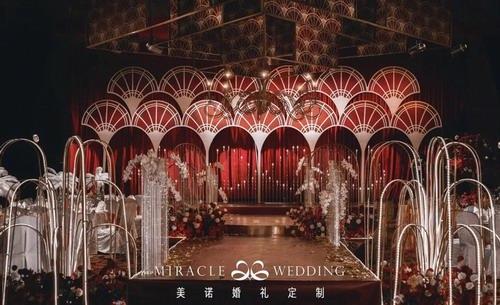 美诺婚礼:Art Deco风红金质感婚礼