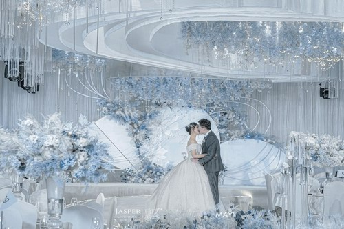 启瑷婚礼策划案例《八年我们》